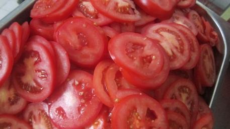 סינייה דג שלב 3 פורסים עגבניוטת ופלפ חריף
